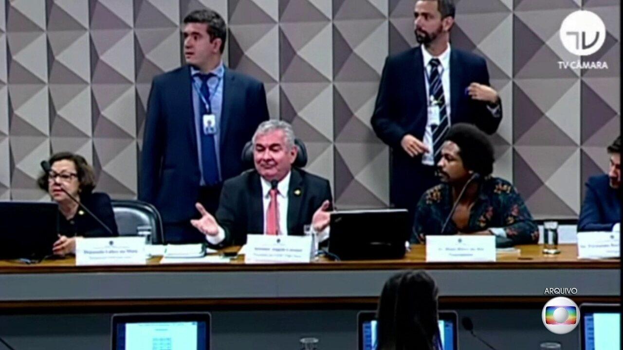 Maia e Alcolumbre criticam Bolsonaro por declaração sobre repórter