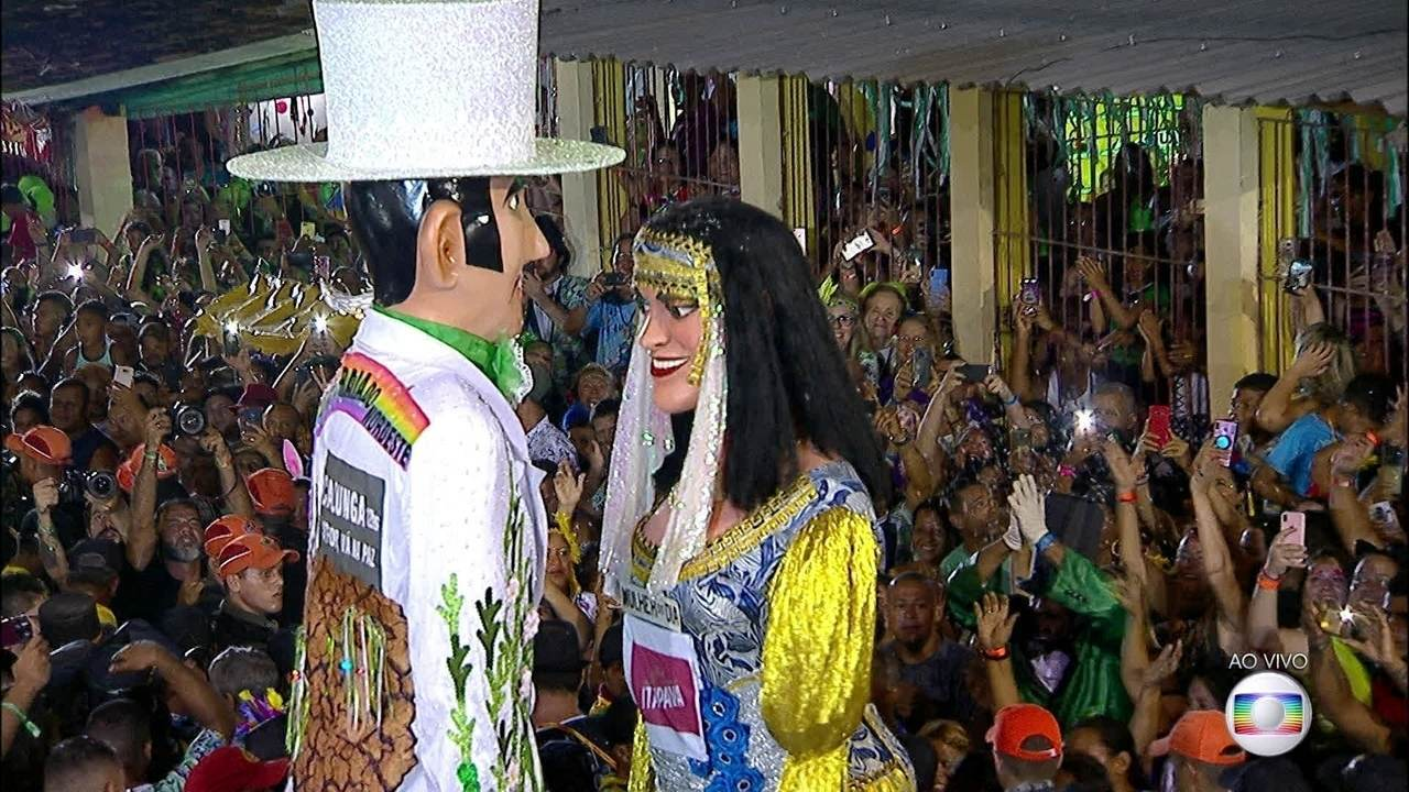 Homem da Meia-Noite e Mulher do Dia se encontram em Olinda
