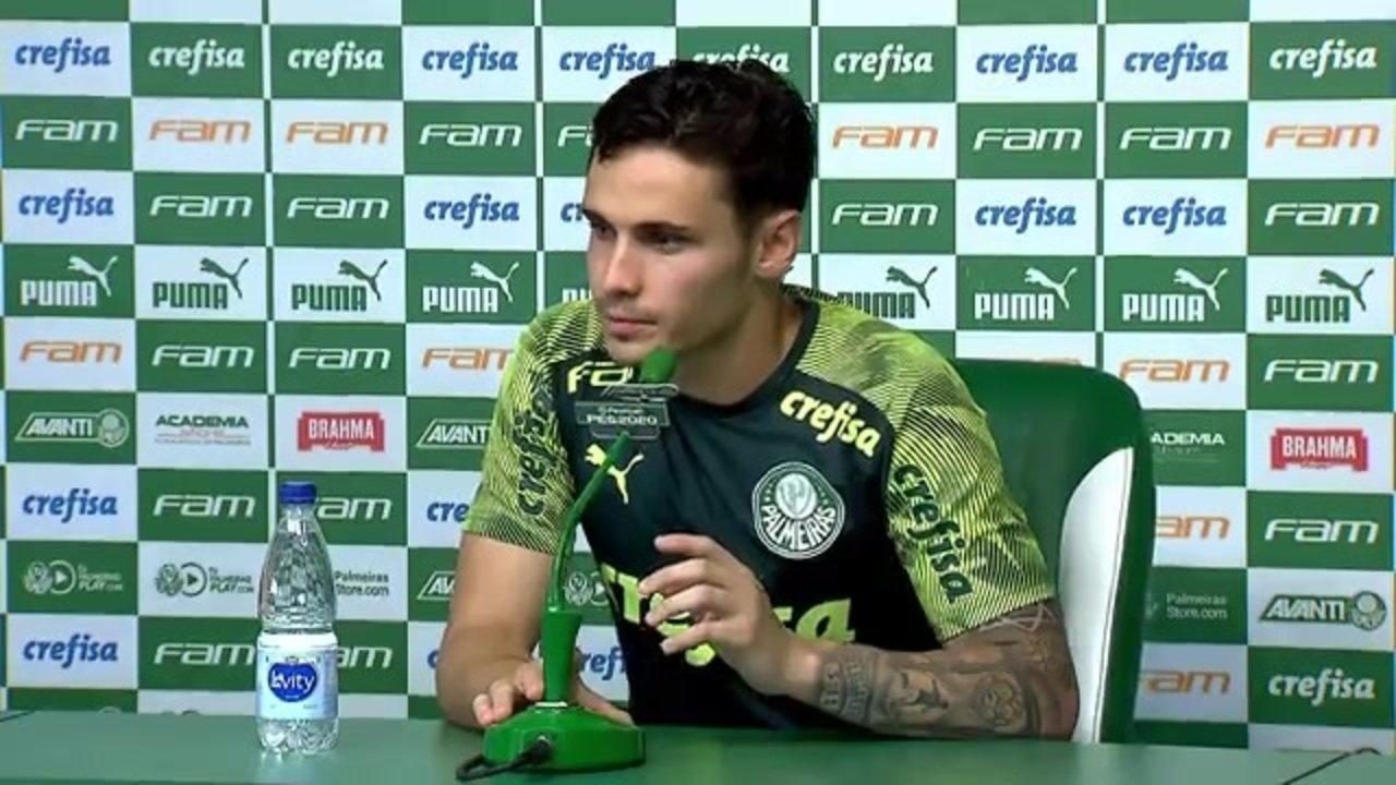 Raphael Veiga comemora renovação de contrato com o Palmeiras e fala de Rony