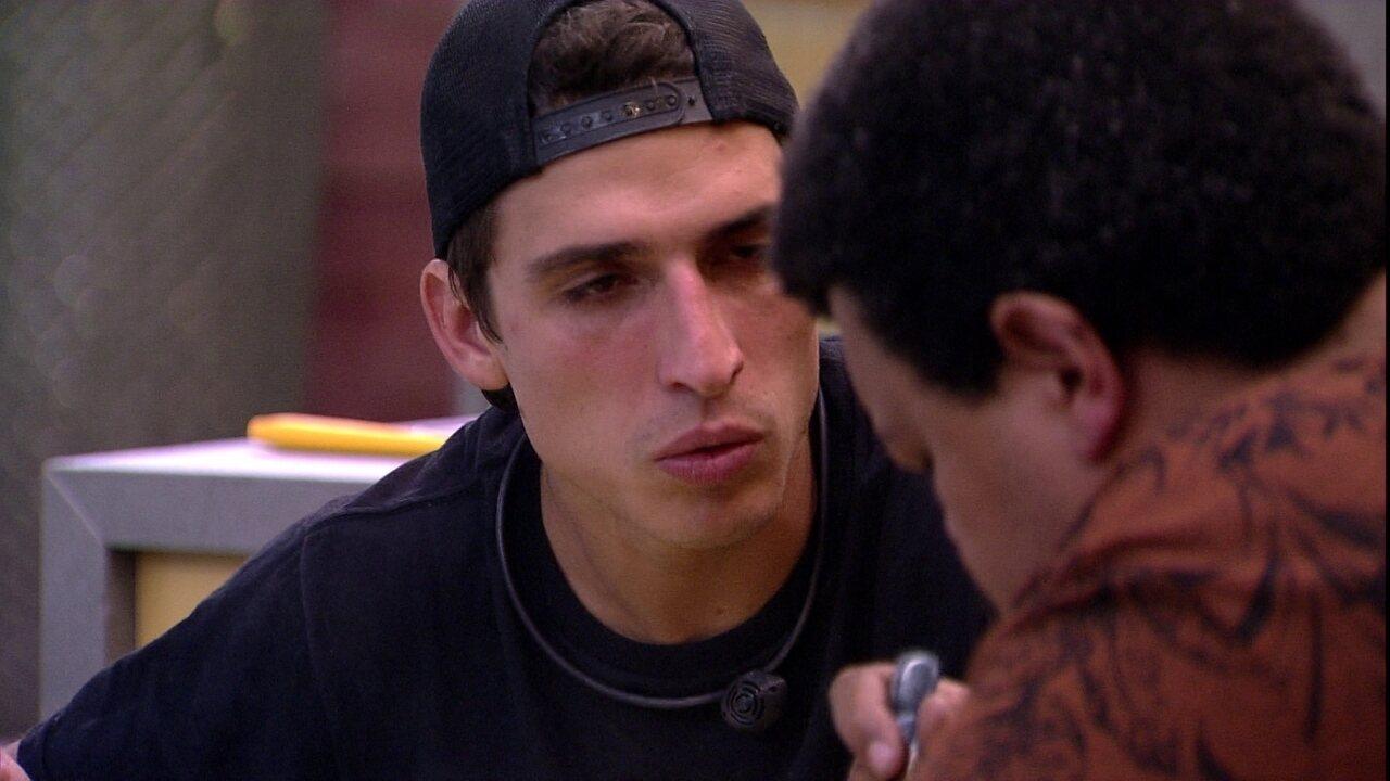Felipe sugere sobre brother: 'Só se eu ganhar o Líder eu ponho ele'