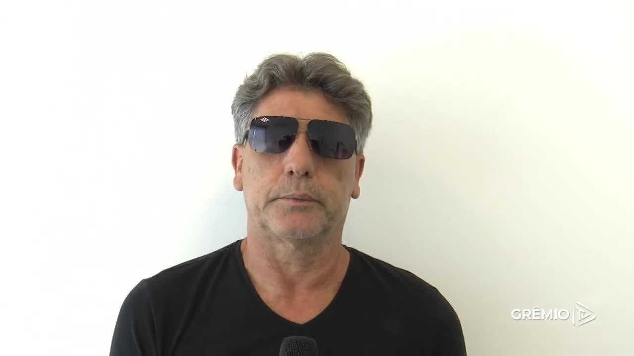 Renato Portaluppi grava vídeo de despedida para Espinosa