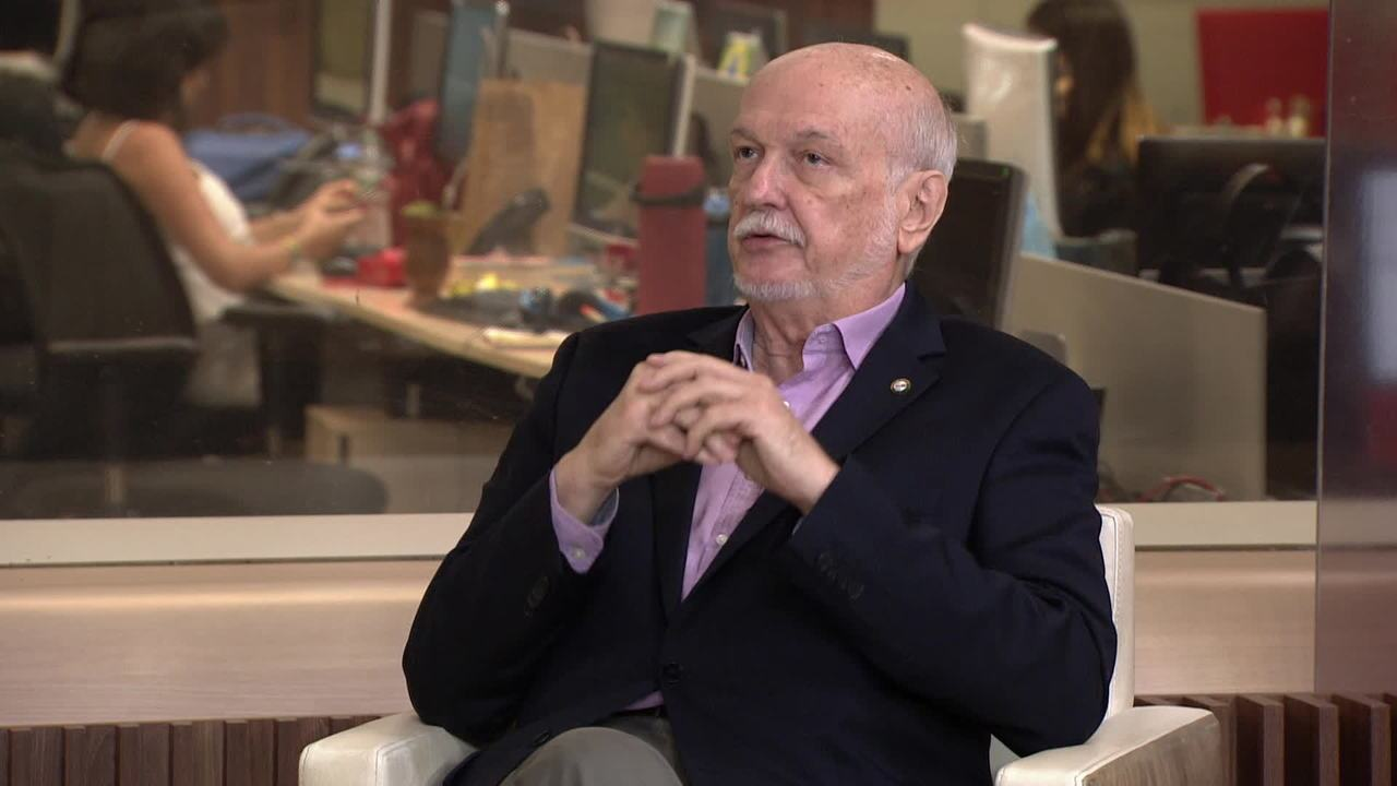 Infectologista fala sobre novo caso de coronavírus confirmado no Brasil