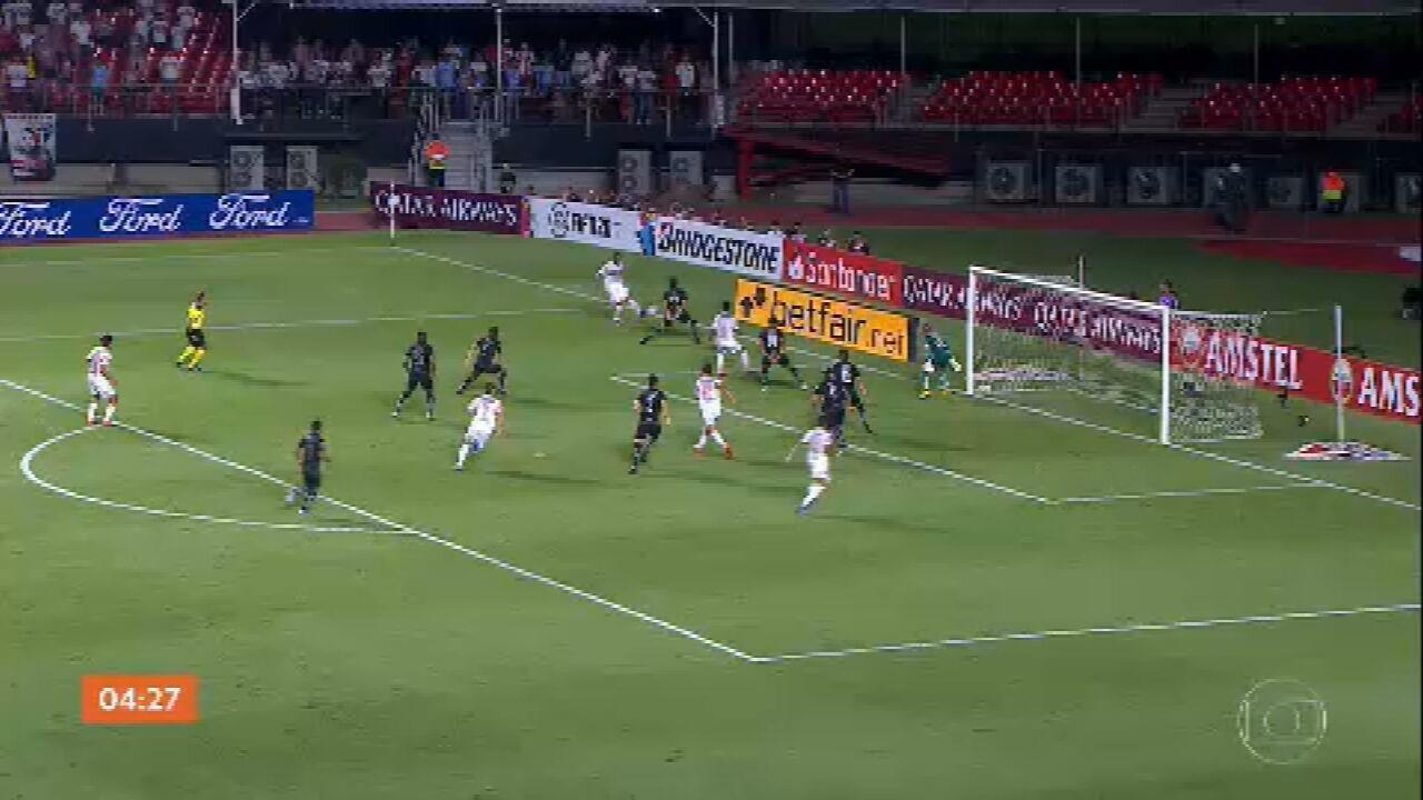 São Paulo vence o LDU pela Libertadores