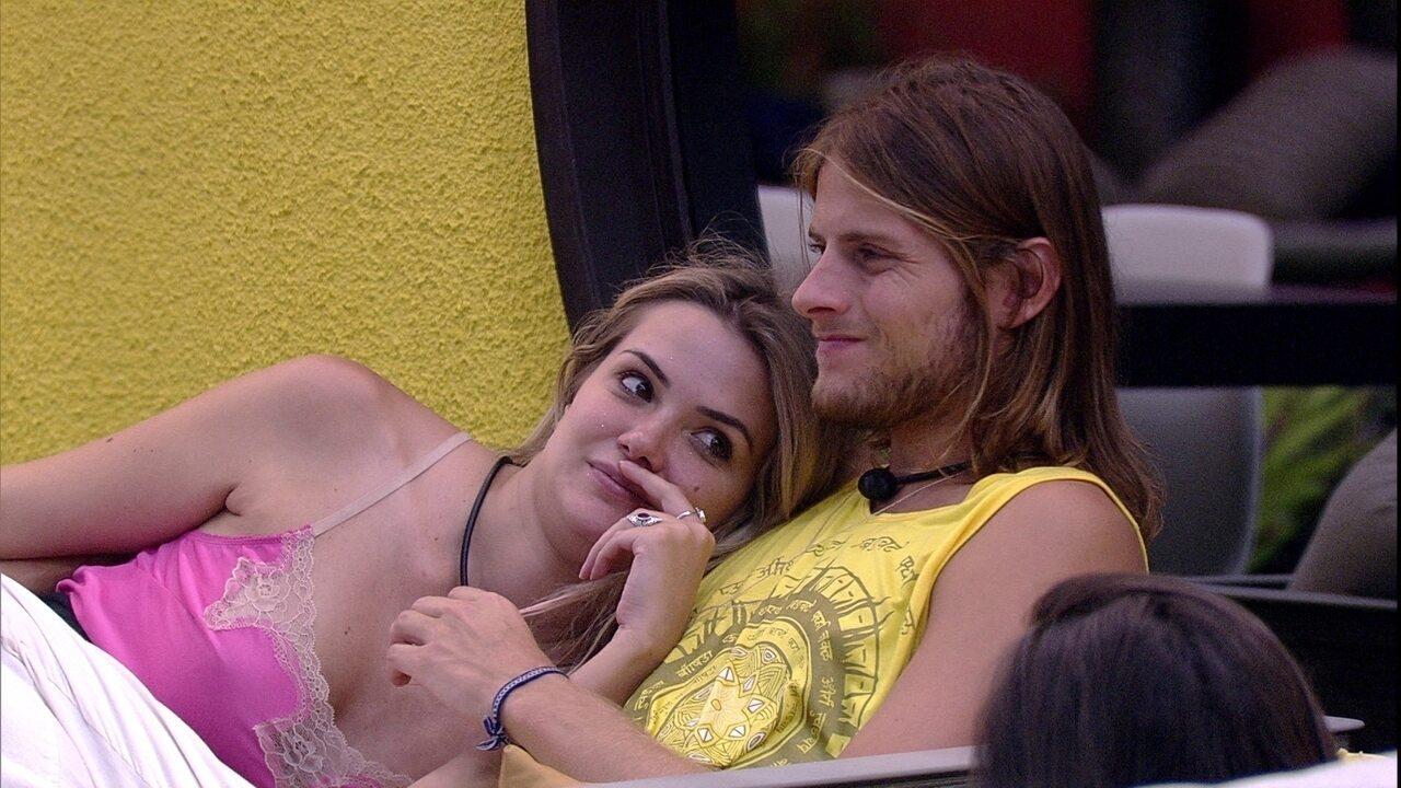 Marcela revela: 'Vou ficar surpresa se ele não voltar'