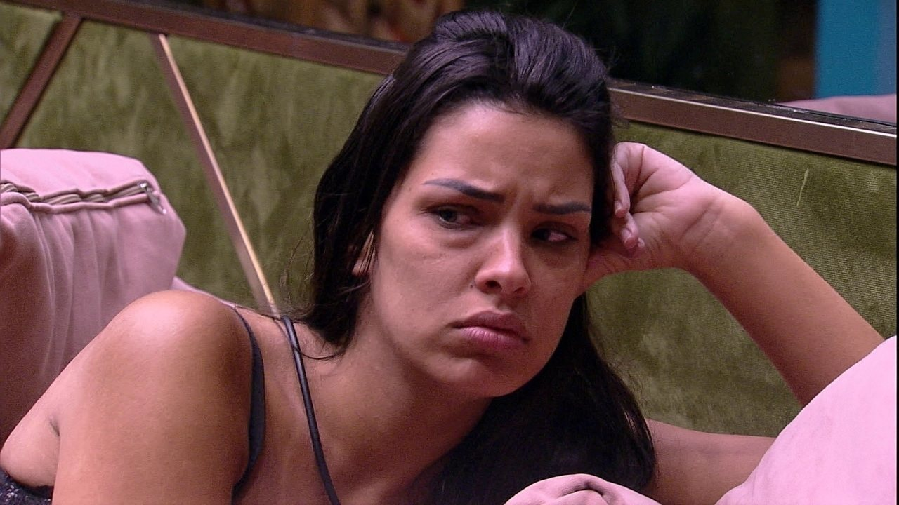 Ivy analisa relação de sisters com Felipe: 'Será que elas estão querendo juntar com ele?'