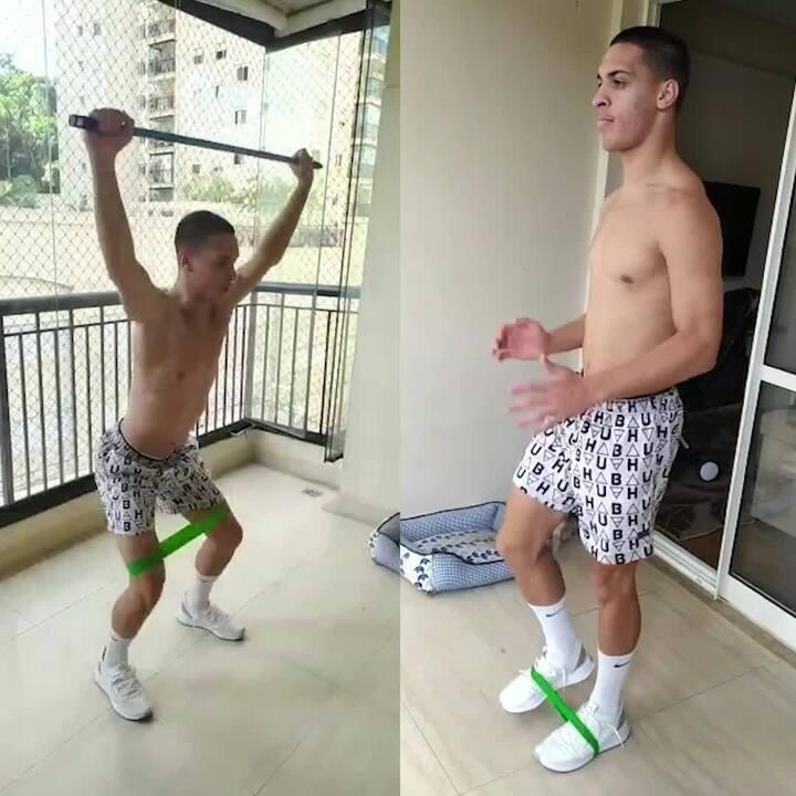 Antony, do São Paulo, treina em casa