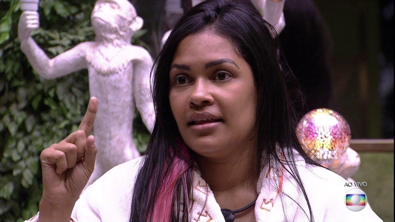Líder Flayslane indica Thelma ao Paredão