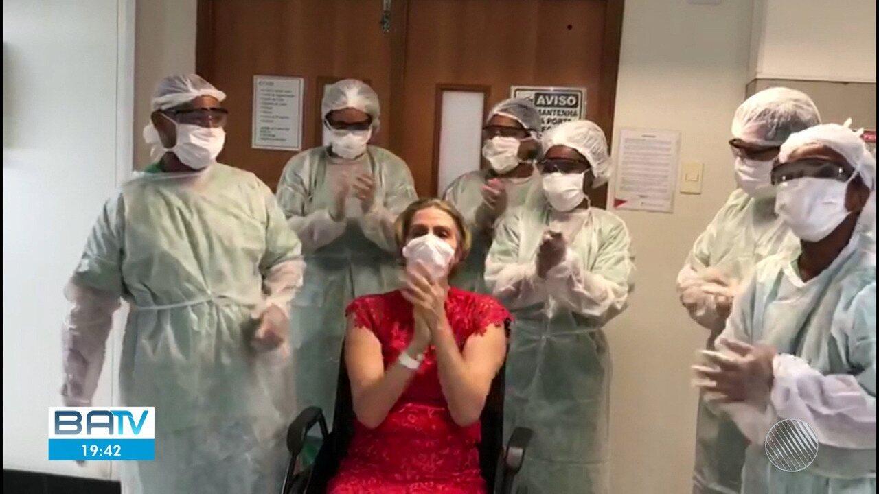 Paciente que estava internada com Covid-19 recebe alta em Salvador neste sábado