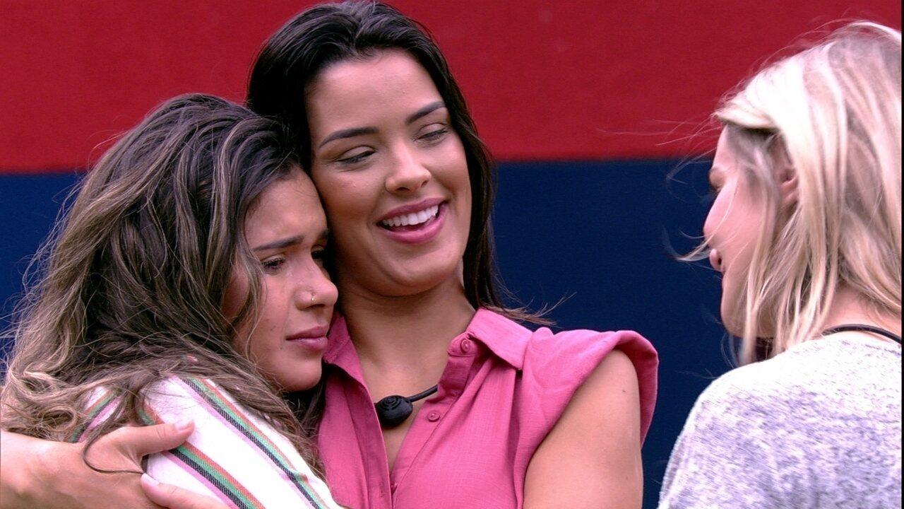 Marcela se declara para Ivy e Gizelly: 'Tenho orgulho de ter conhecido vocês'