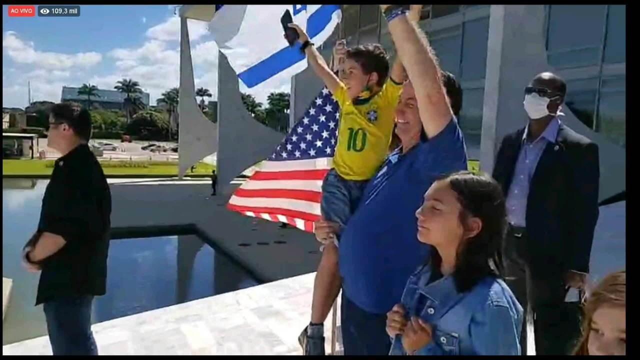 Bolsonaro: 'Peço a Deus que não tenhamos problemas nesta semana, chegamos no limite'