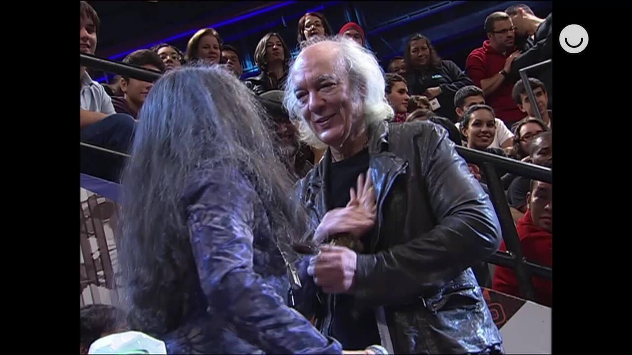 Erasmo Carlos relembra surpresa de Maria Bethânia no Altas Horas