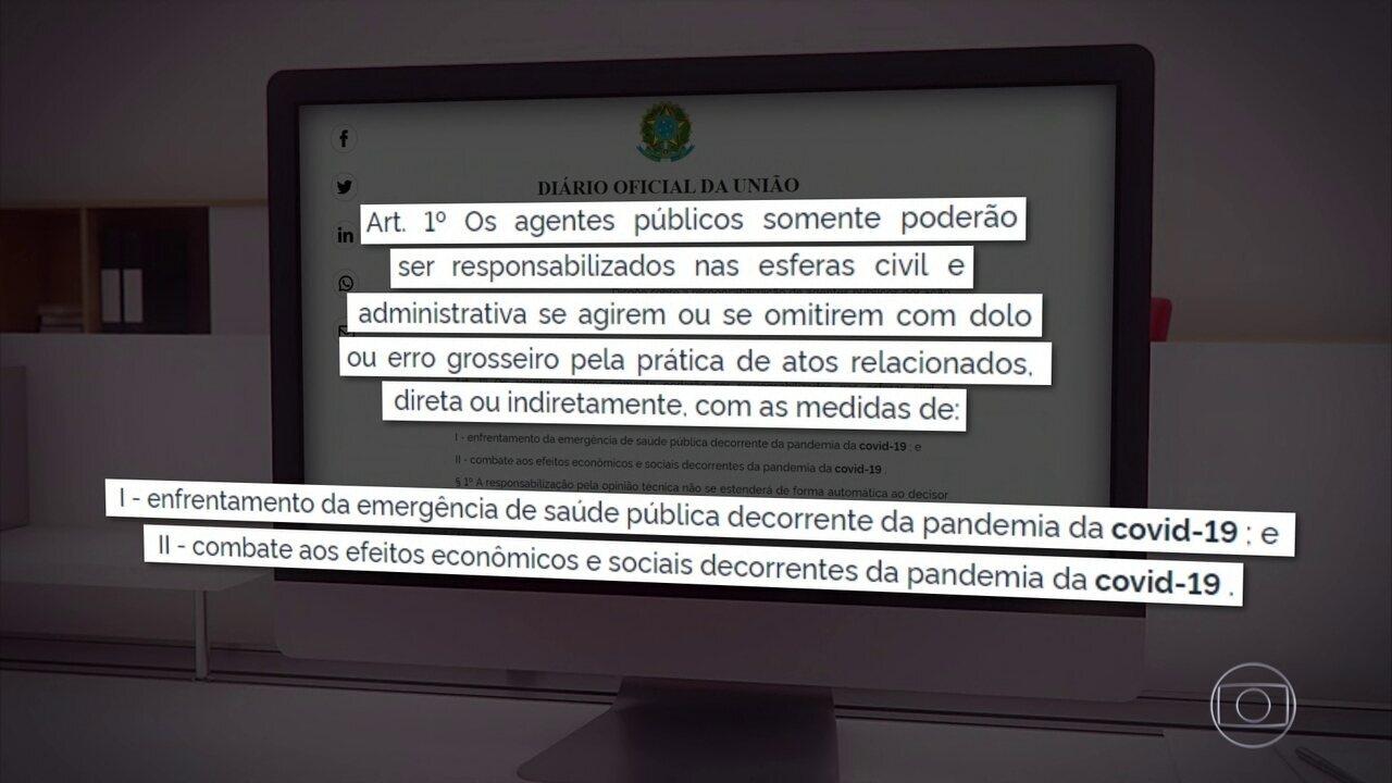 Bolsonaro edita MP que livra agente público de punição no combate ao coronavírus