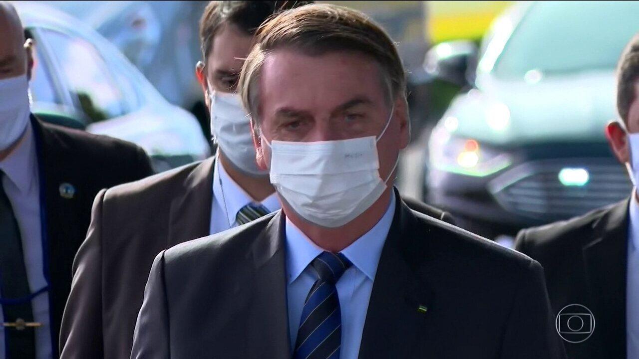 Transcrições da reunião ministerial de 22 de abril expõem contradições de Bolsonaro