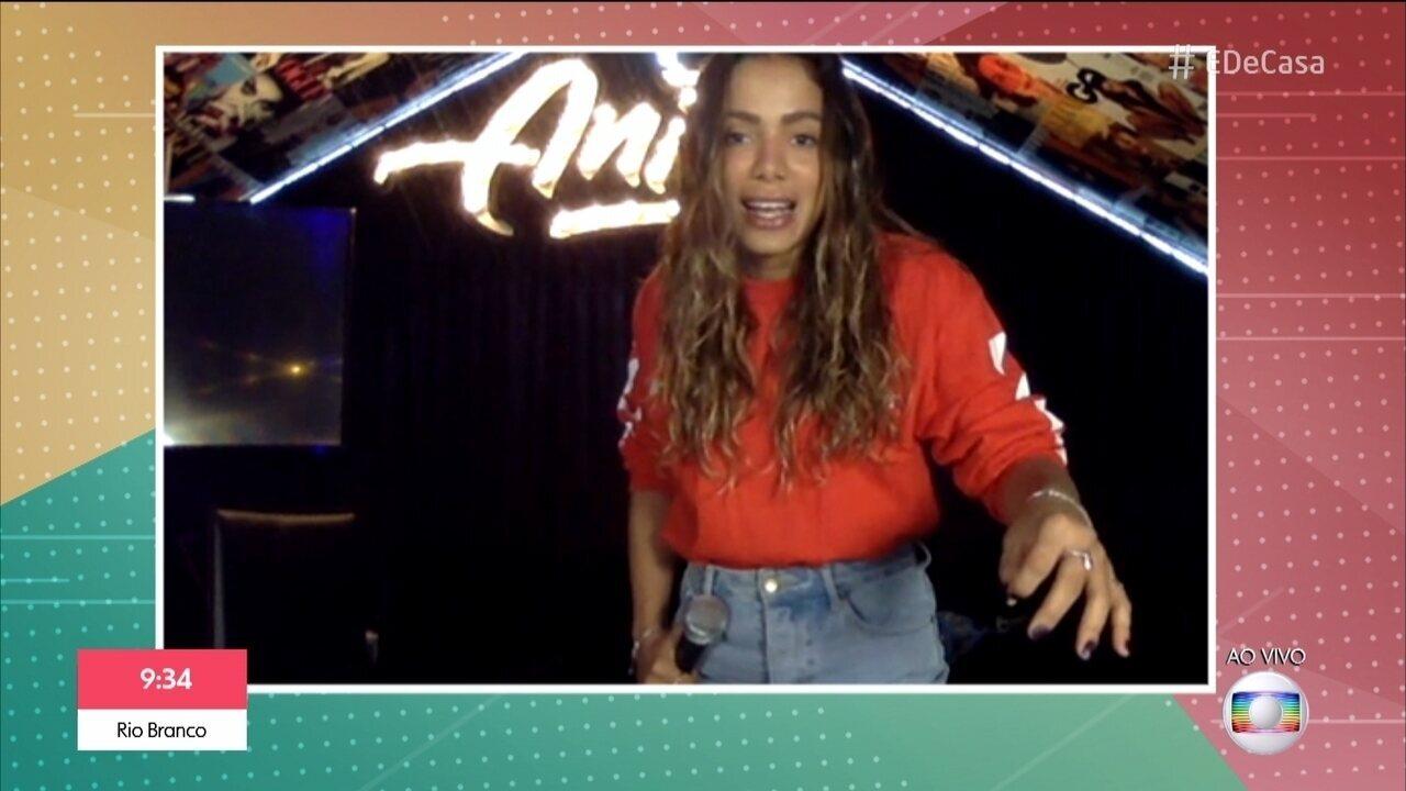 Anitta revela rotina durante isolamento social