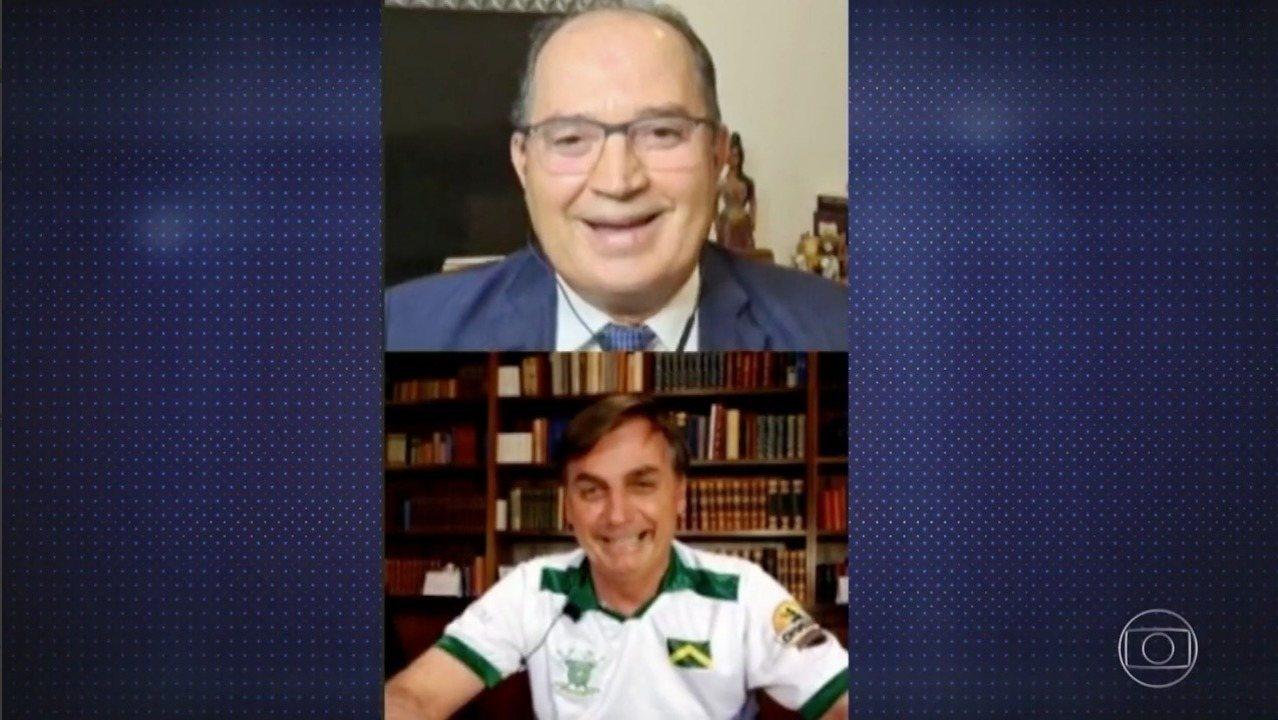 """""""Quem é de direita toma cloroquina, quem é de esquerda toma Tubaína"""", diz Bolsonaro"""