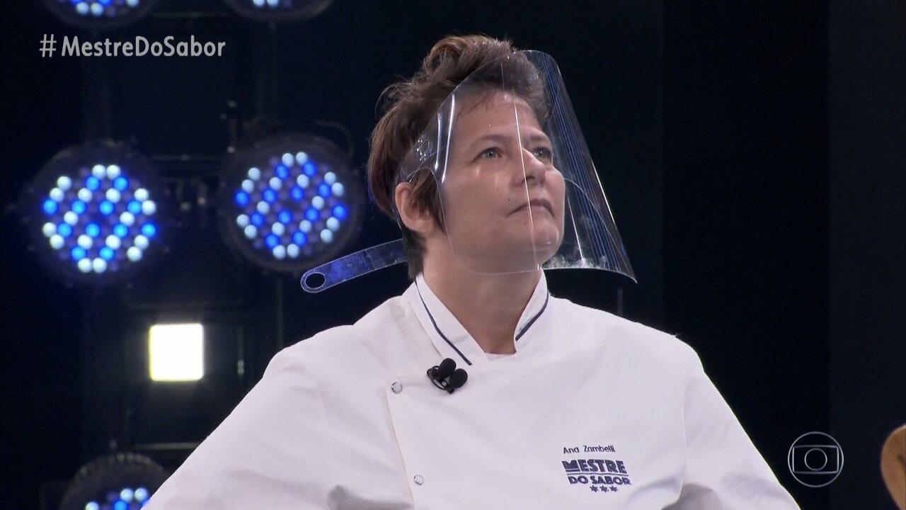 Ana apresenta o prato 'Peito com Purê de Couve-Flor'