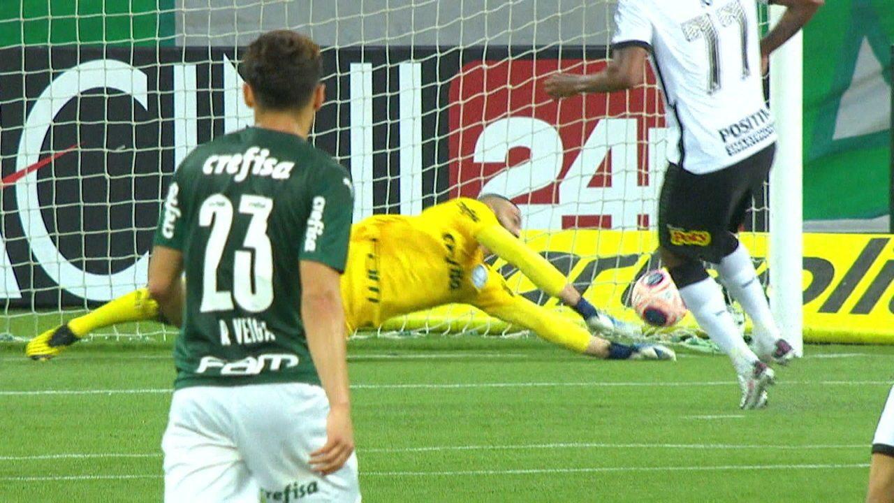 Jô fez gol do Corinthians em final do Paulistão contra o Palmeiras