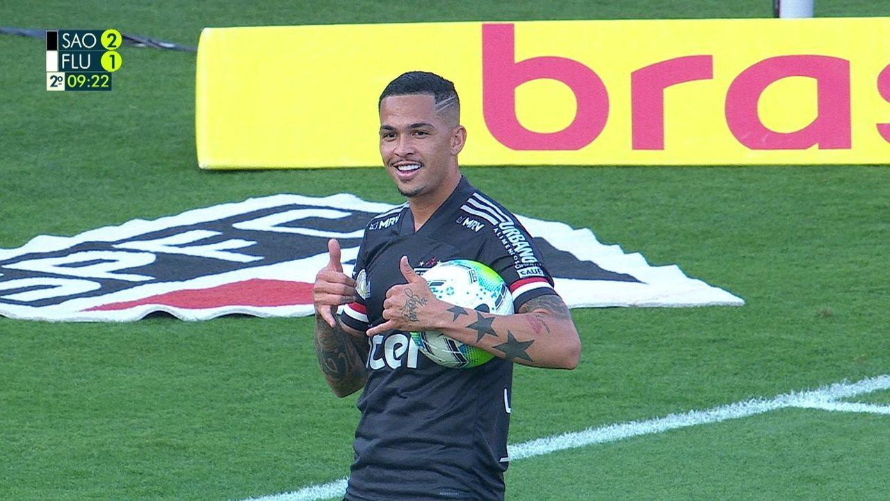Gol do São Paulo! Brenner bate na trave, e Luciano toca para o gol aos 8 do 2º tempo