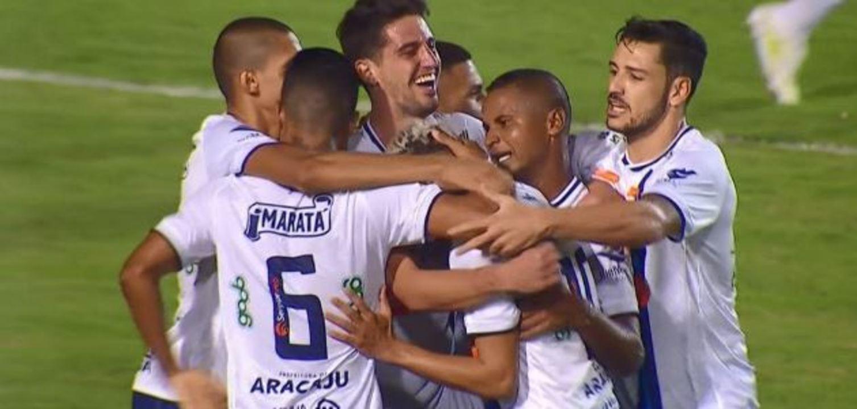 Os melhores momentos de Confiança 1 x 0 Guarani, pela 10ª rodada da Série B