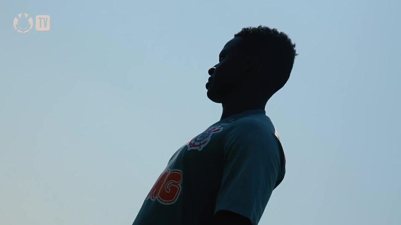 Cazares faz treinos físicos e se prepara para estreia no Corinthians