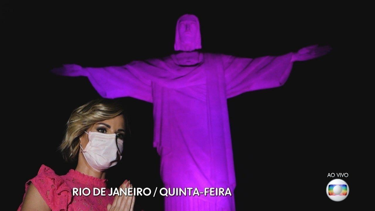 No mês do Outubro Rosa, Ana Furtado faz alerta para autoexame das mamas