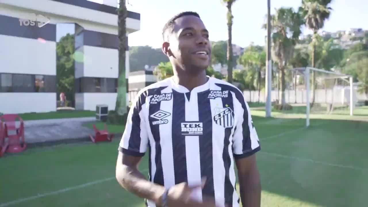 Santos anuncia a contratação de Robinho