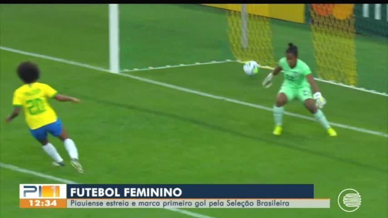 Valéria marca gol e se destaca na Seleção Brasileira de Futebol Feminino