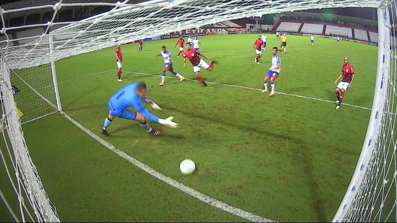 Veja gol de Gabriel Novaes pelo Bahia