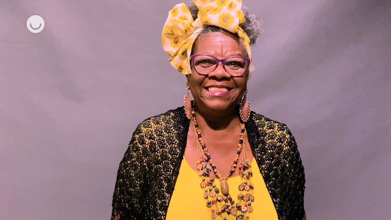 Vera Ambrosio revela que foi inscrita no 'The Voice +' pelos netos