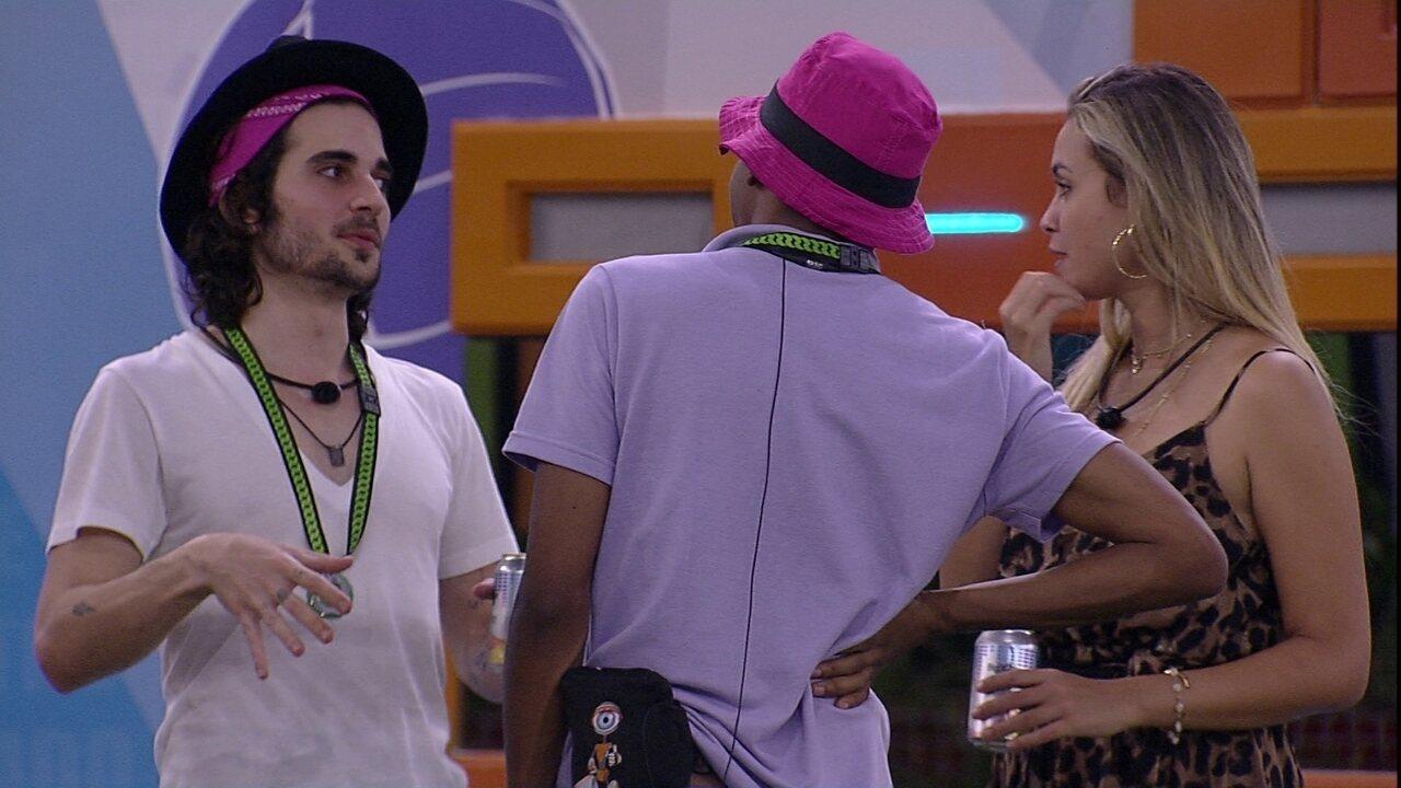 Lucas Penteado questiona brother: 'Com quem que Fiuk ficaria?'