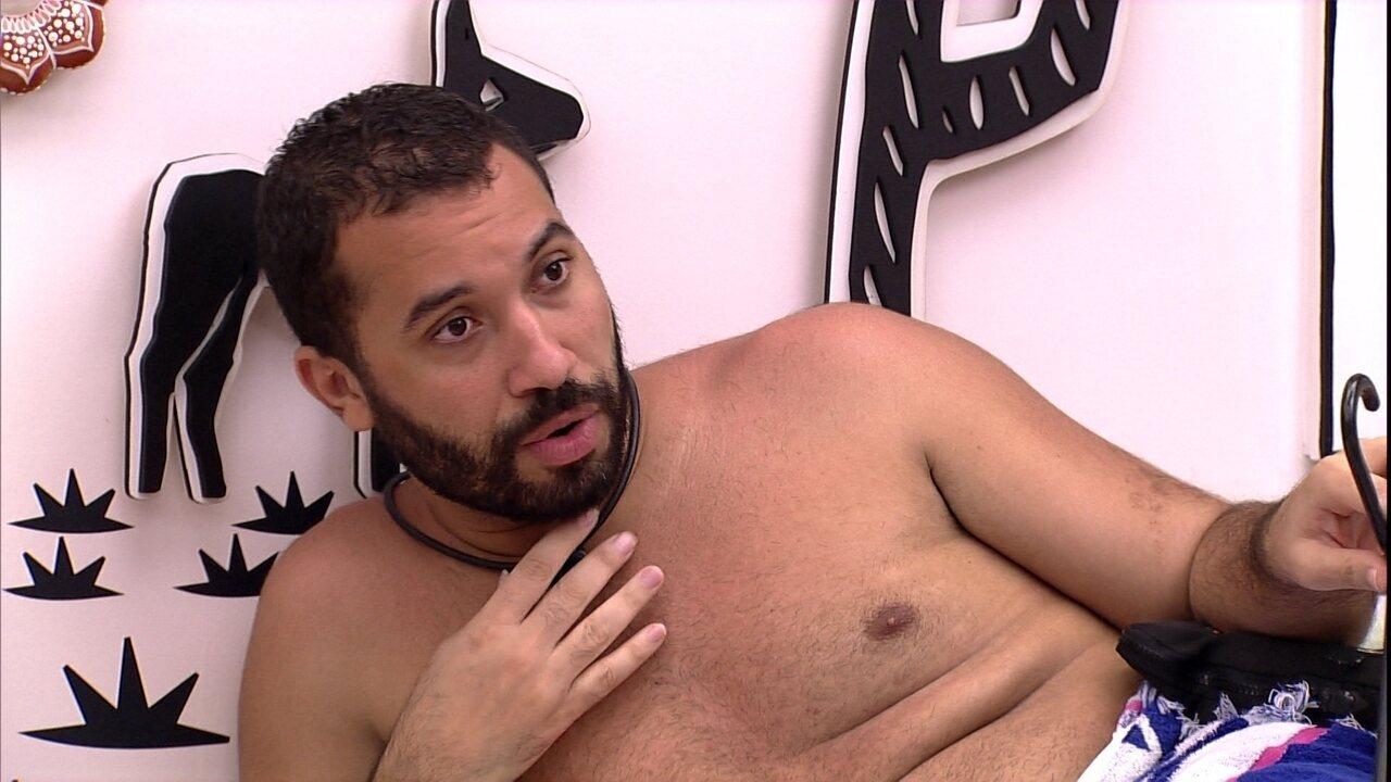 Gilberto diz após voltar do Paredão do BBB21: 'Nasci de novo'