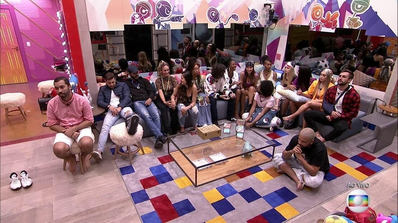 Emparedados, Arthur, Gilberto e Karol Conká justificam motivos para continuarem no BBB21
