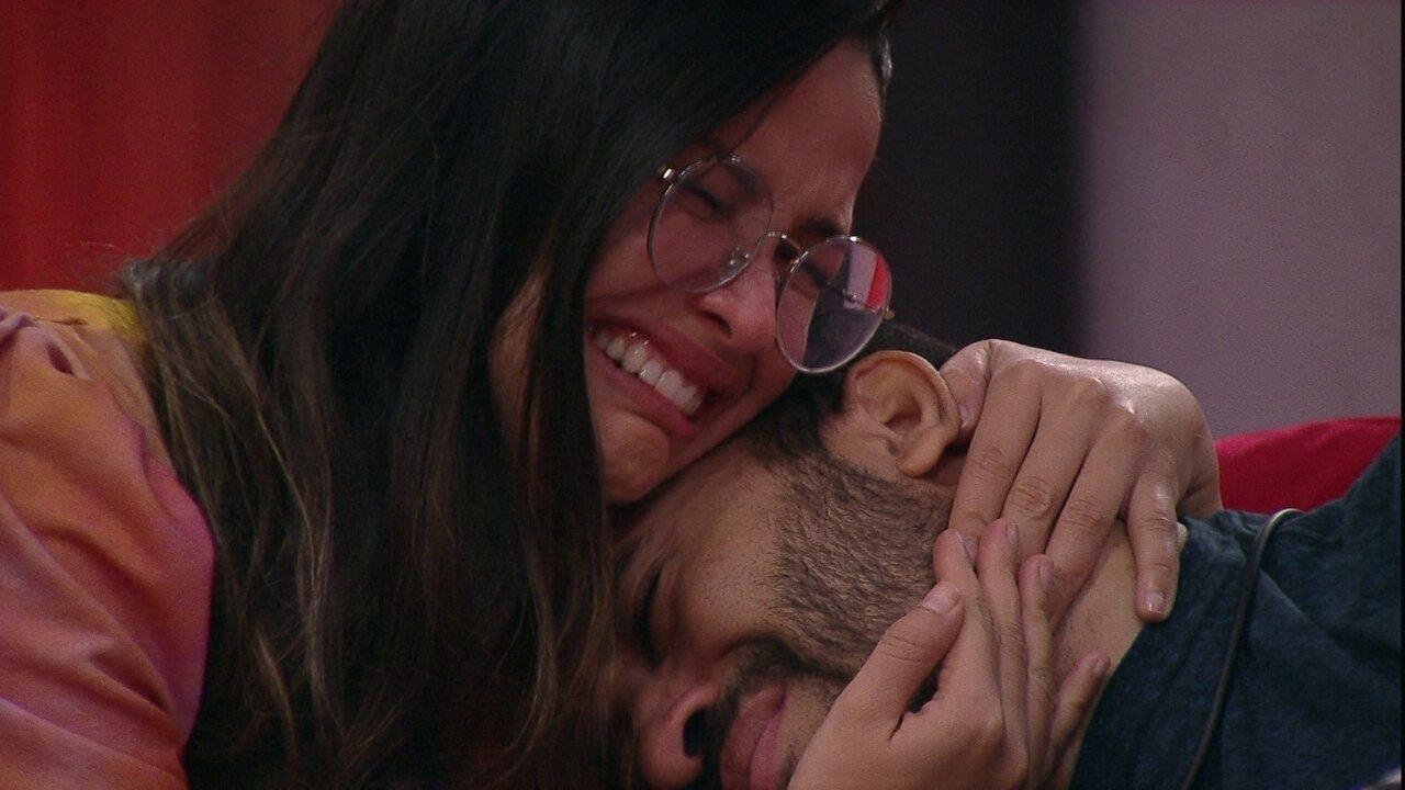 Gilberto e Juliette se emocionam no Cinema do Líder