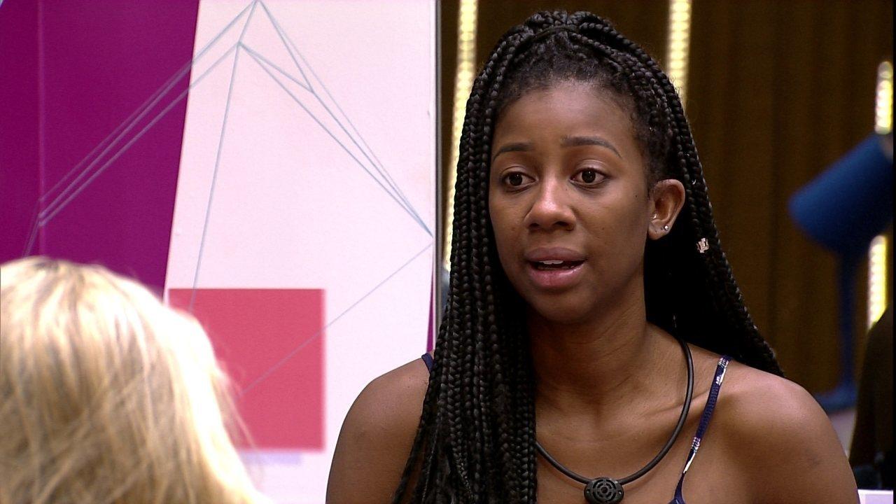 Camilla de Lucas sobre desentendimento com sister do BBB21: 'Estou bem tranquila'