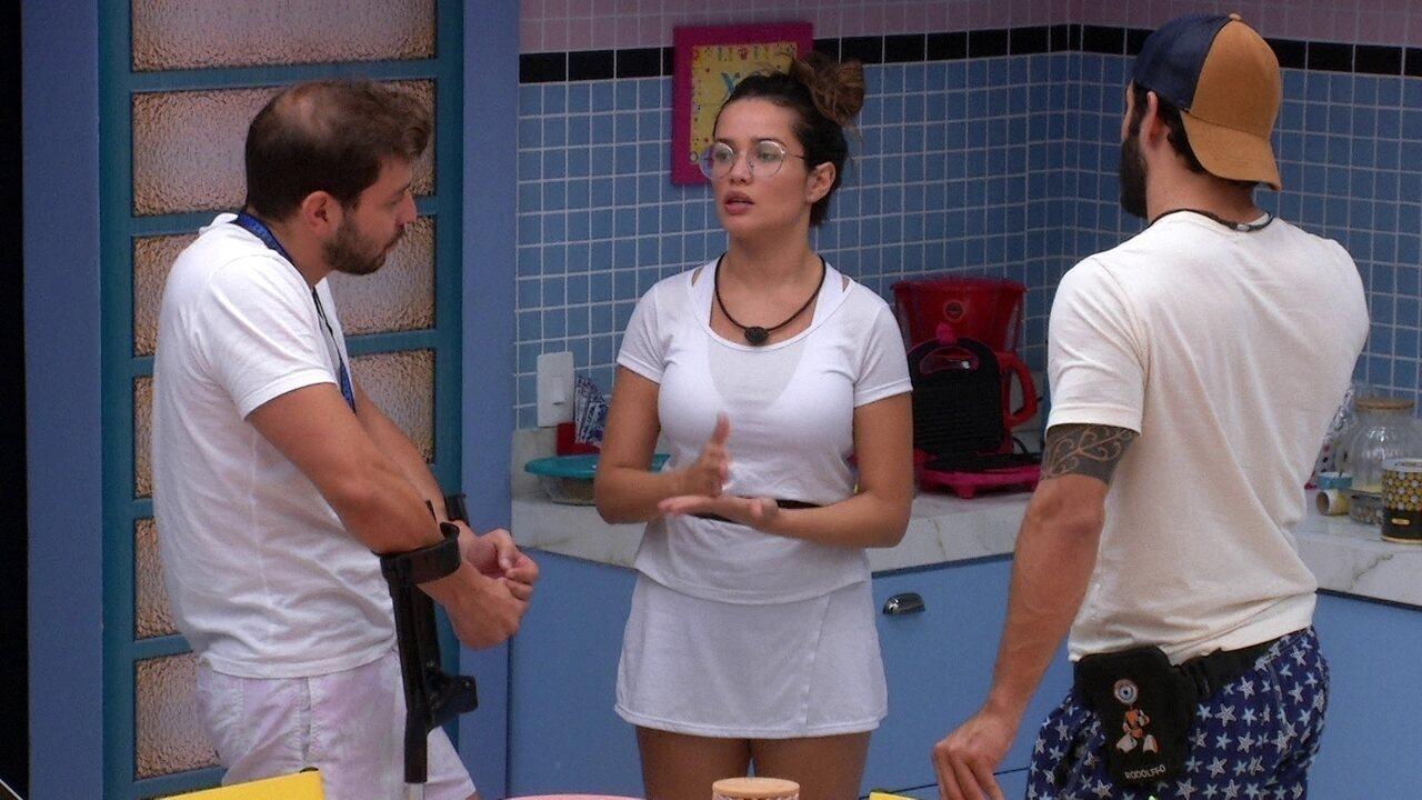 Brothers planejam conversar com Fiuk e Juliette afirma: 'E se vier a trata, aceita'