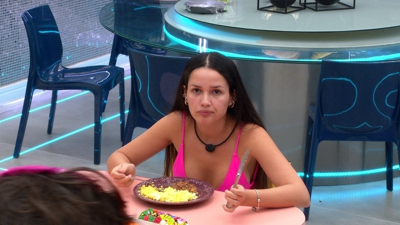 Juliette avisa Fiuk no BBB21: 'Quando a gente estiver sem paciência a gente vai brigar'