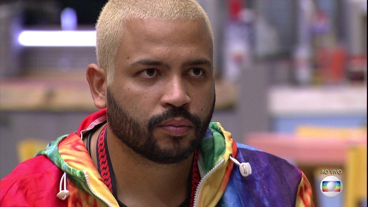 O Líder João Luiz indica Projota ao quinto Paredão do BBB21