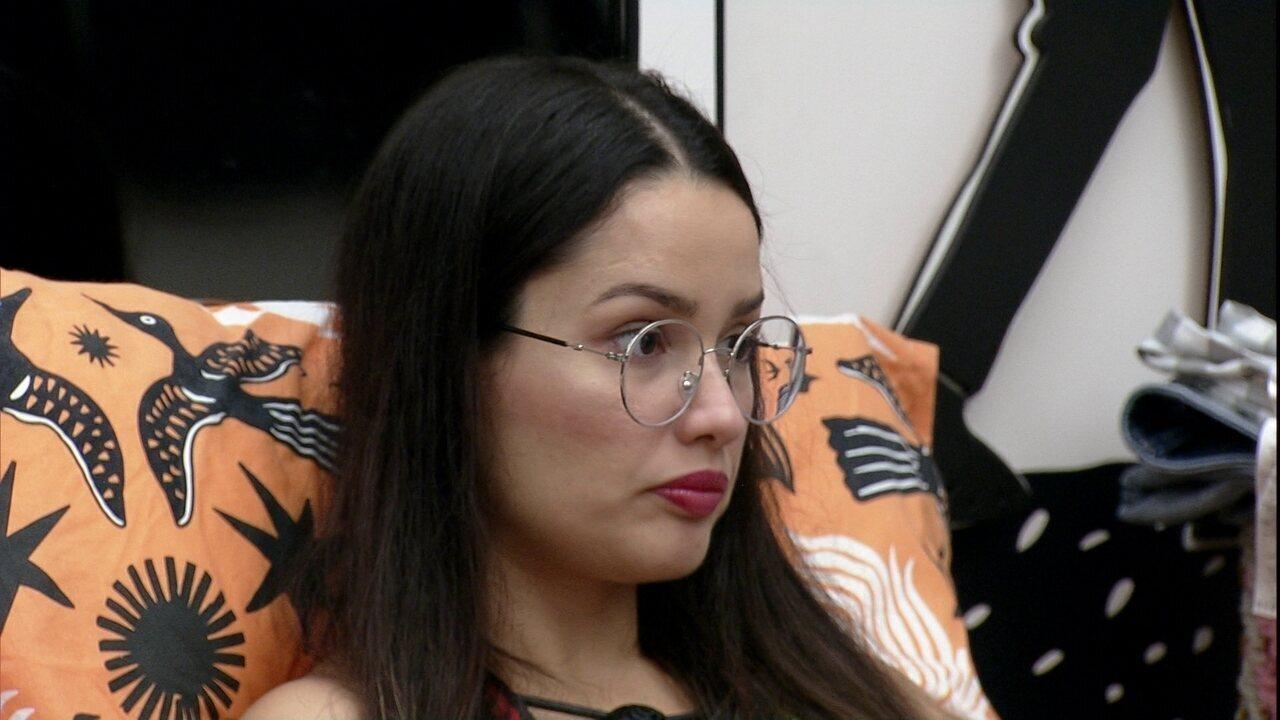 Juliette comenta com Carla Diaz após receber o Castigo do Monstro no BBB21