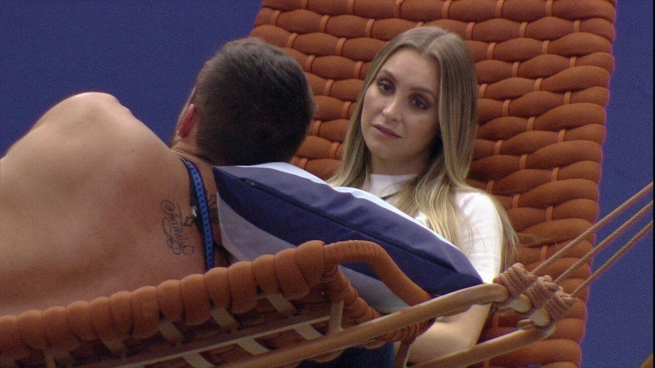 Carla Diaz e Arthur falam sobre a dinâmica dos votos da casa do BBB21