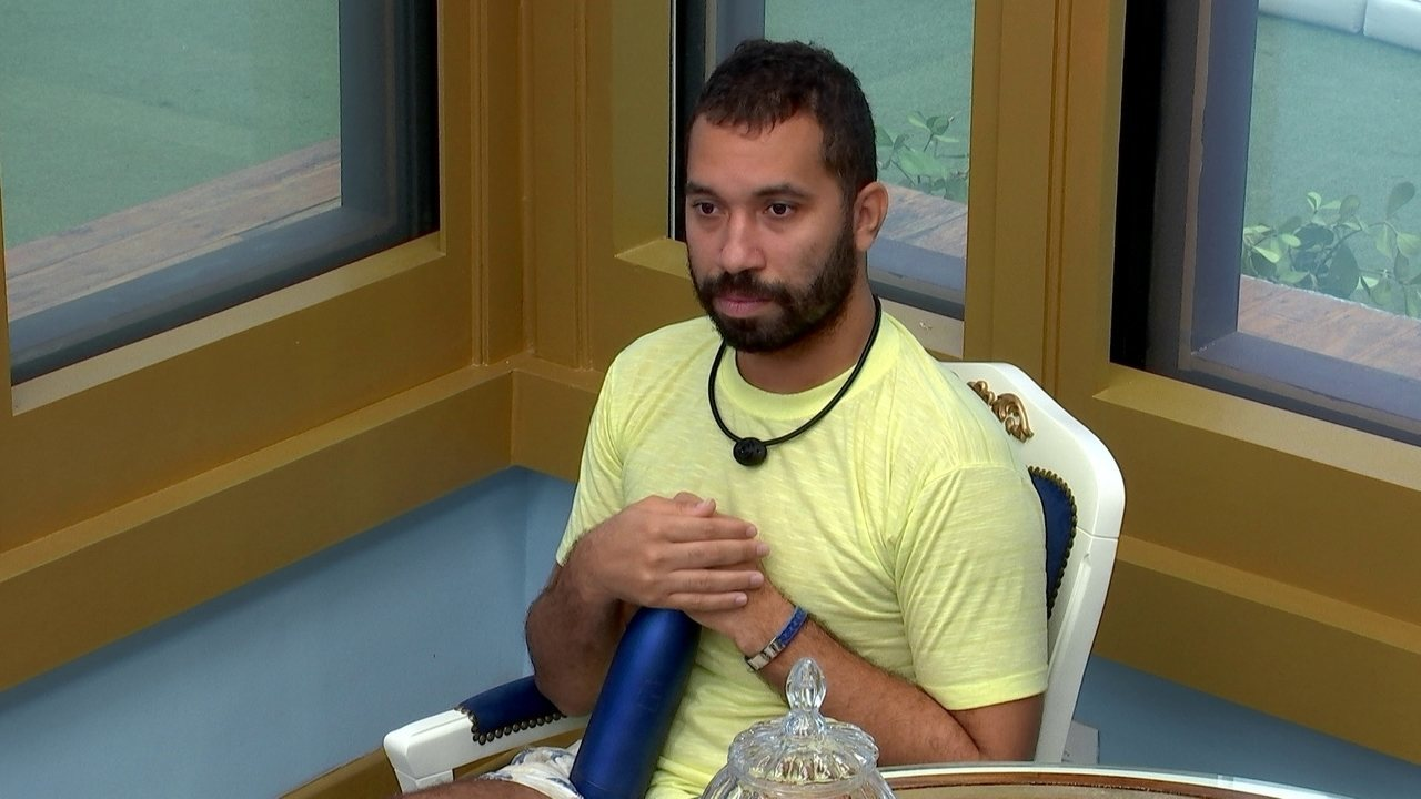 Gilberto desbafa sobre Juliette no Quarto do Líder do BBB21