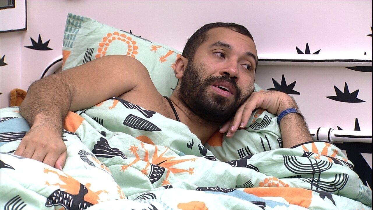 Gilberto fala sobre Jogo da Discórdia no BBB21: 'Maior decepção pensei em dar para Carla'