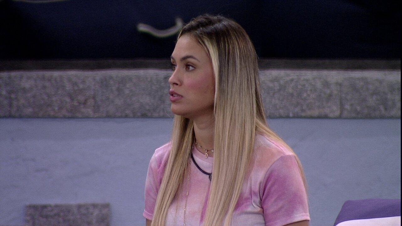 Sarah comenta com Gilberto no BBB21: 'Achei que Pocah está diferente'