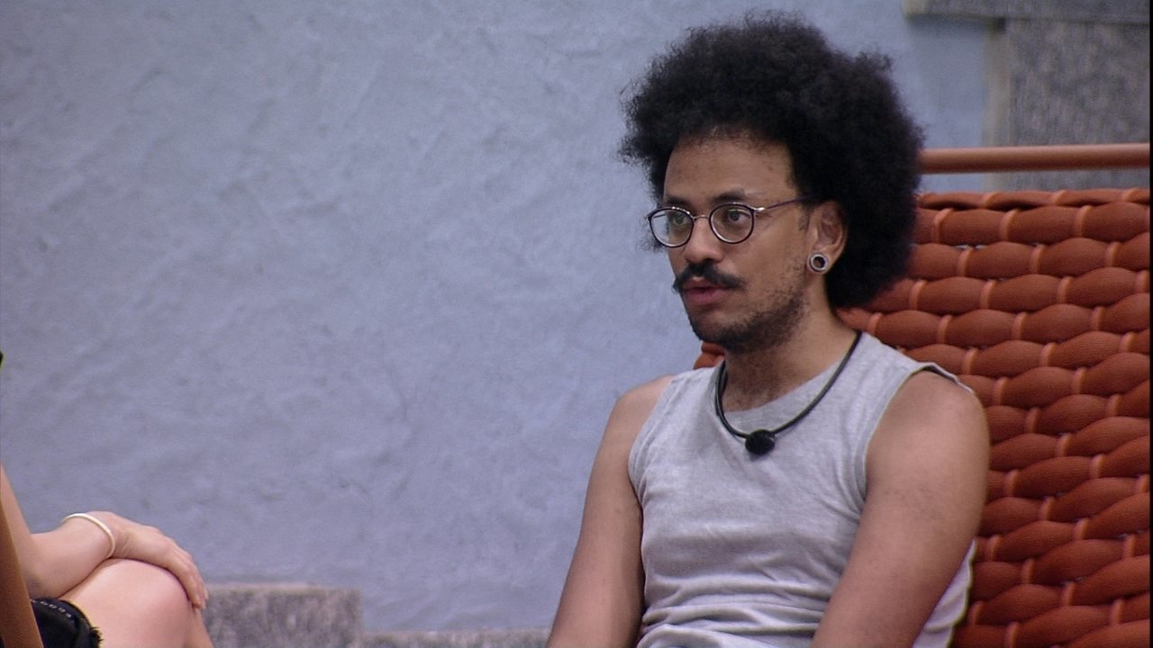 João Luiz sobre pedido de desculpa para Carla Diaz no BBB21: 'Porque está com medo'
