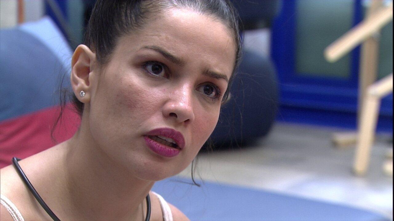 Viih Tube questiona Juliette sobre relação com sister do BBB21: 'Estou sendo trouxa?'