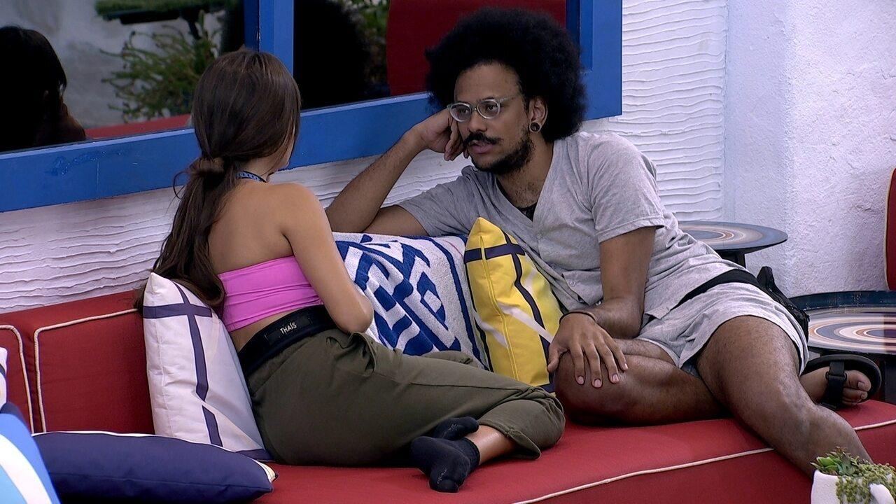 João Luiz e Thaís avaliam relação com Sarah e Gilberto no BBB21