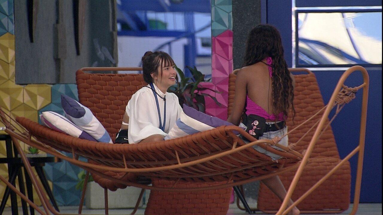 Camilla conversa com Thaís sobre o Almoço do Anjo no BBB21: 'Eu fiquei sentida'