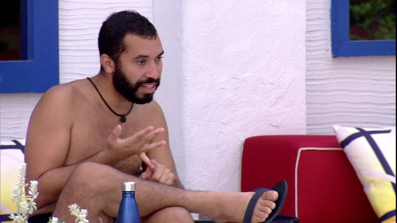 Gilberto fala sobre sua relação com sister: 'A gente briga, mas não se coloca no Paredão´