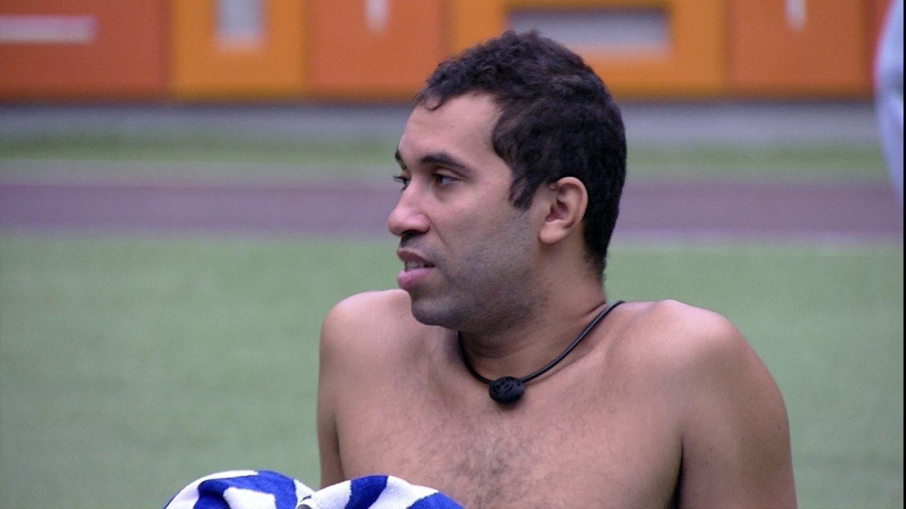 Gilberto fala para Fiuk sobre sensação no Paredão do BBB21