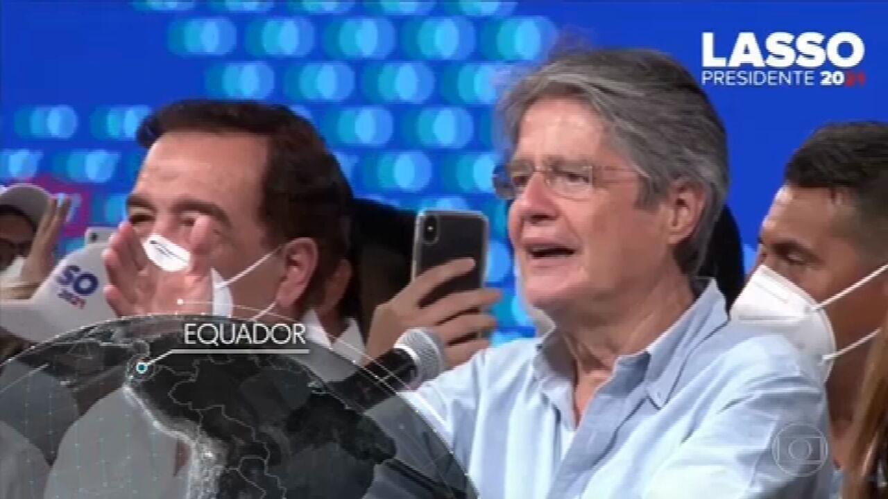 Empresário e ex-banqueiro Guillermo Lasso vence eleição presidencial no Equador