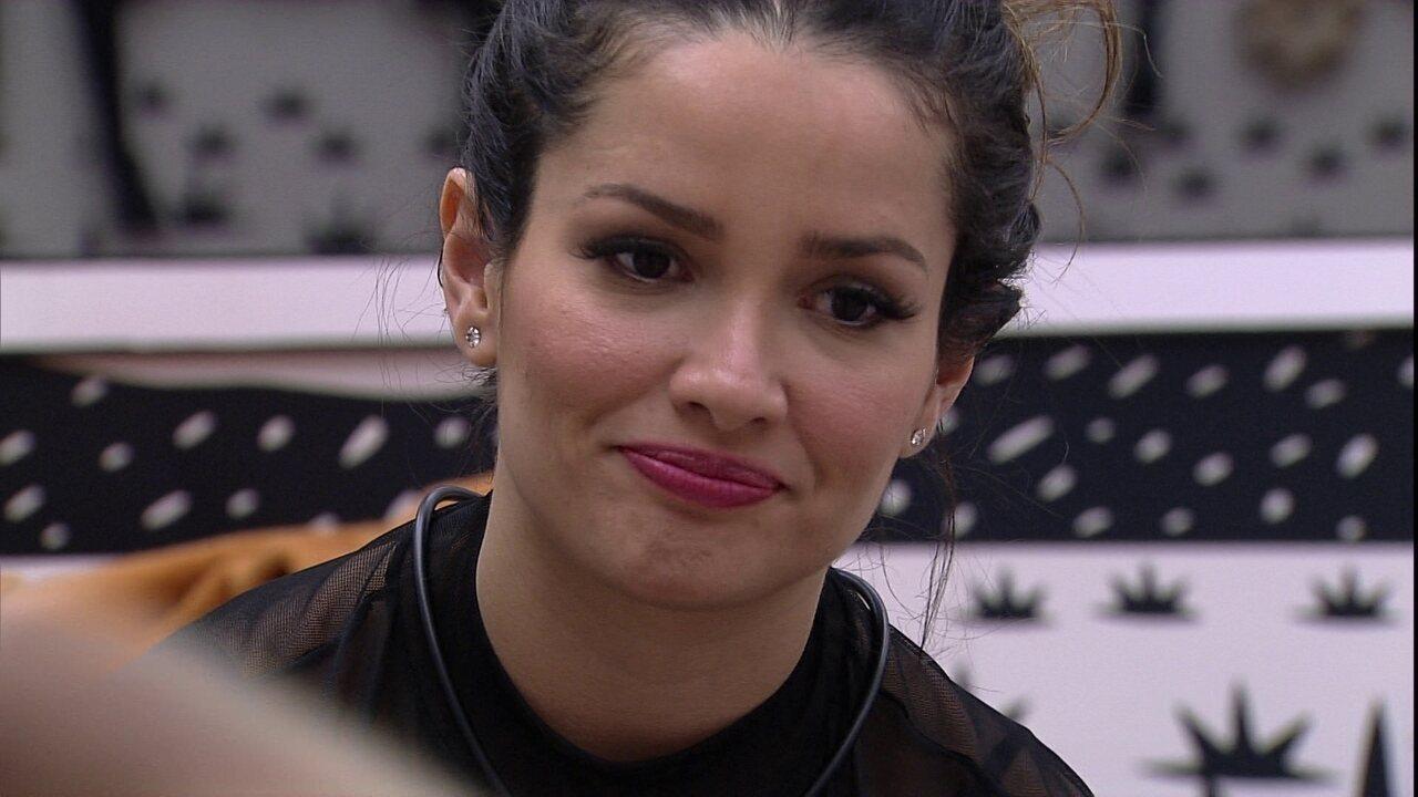 Juliette conversa com Gilberto: 'Estou achando você distante de mim'